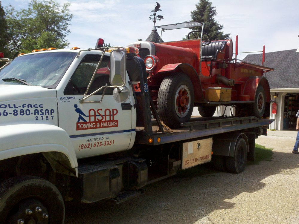 ASAP Towing & Hauling: 2940 State Rd 83, Hartford, WI
