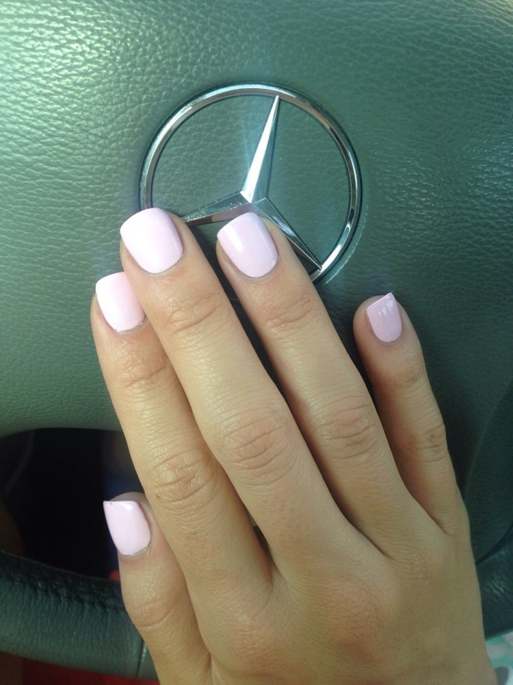 Obsessed with the nail lounge and this color polish!!! OPI mod about ...