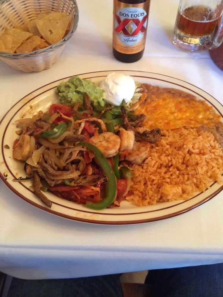 El Pueblito Restaurant: 2917 23rd St, Columbus, NE