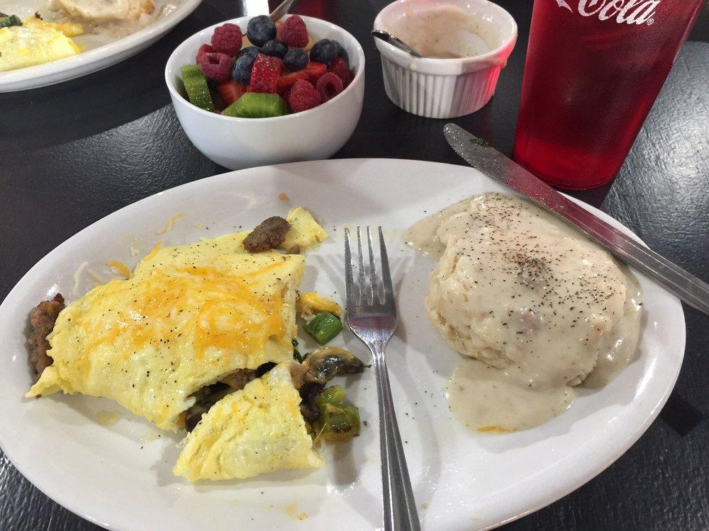 Blue Mountain Bakery and Cafe: 207 N Stone St, Jasper, AR