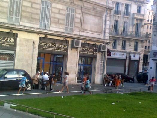 Le Caf  Ef Bf Bd Rue Colbert