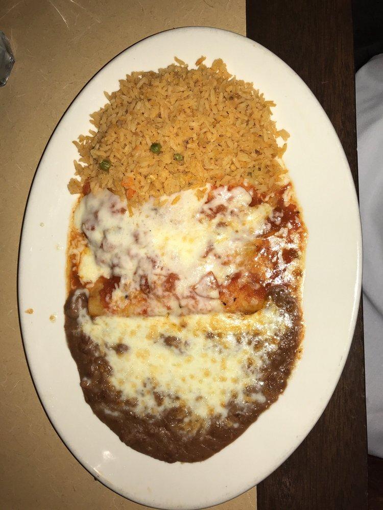 La Paz Mexican Seafood: 4505 Las Virgenes Rd, Calabasas, CA