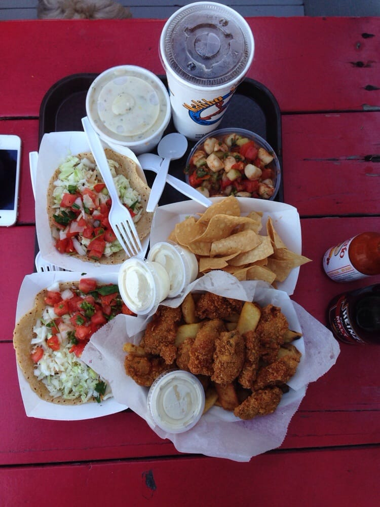Fish tacos fried oysters ceviche and clam chowder all for Malibu seafood fresh fish market patio cafe