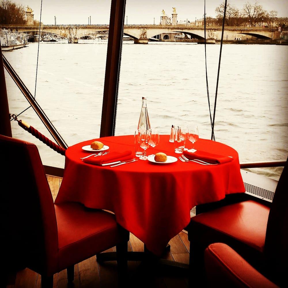 bateaux mouches 112 photos 106 reviews boat charters pont de l 39 alma 8 me paris france. Black Bedroom Furniture Sets. Home Design Ideas