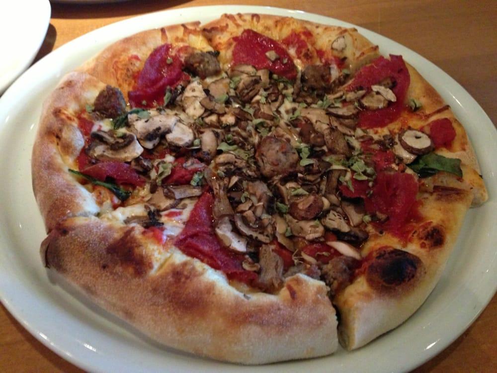 California Pizza Kitchen At Briarwood Ann Arbor Mi