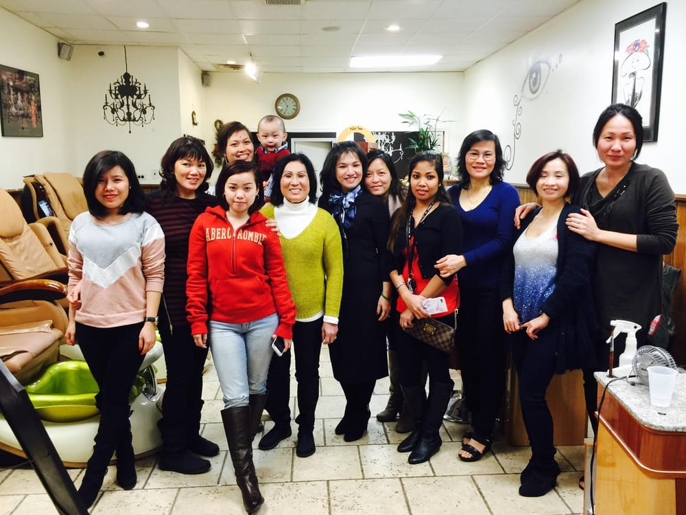 Philly's Nails and Spa: 2502 S Broad St, Philadelphia, PA