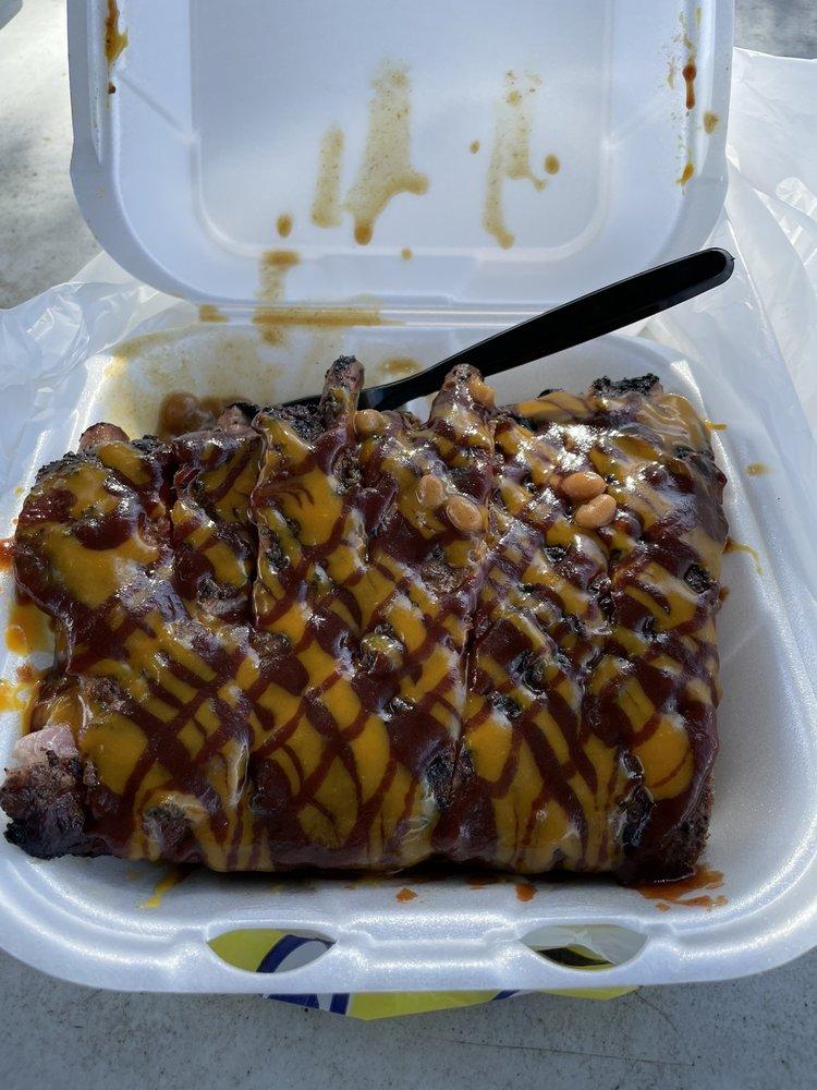 Graham Boy's BBQ: 7352 Fl - 50, Groveland, FL