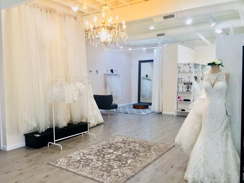 Lang's Bridal