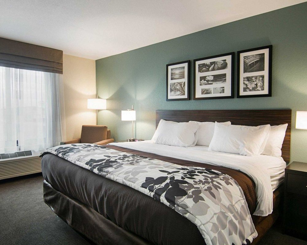 Sleep Inn & Suites Fort Dodge: 110 Leah Lane, Fort Dodge, IA