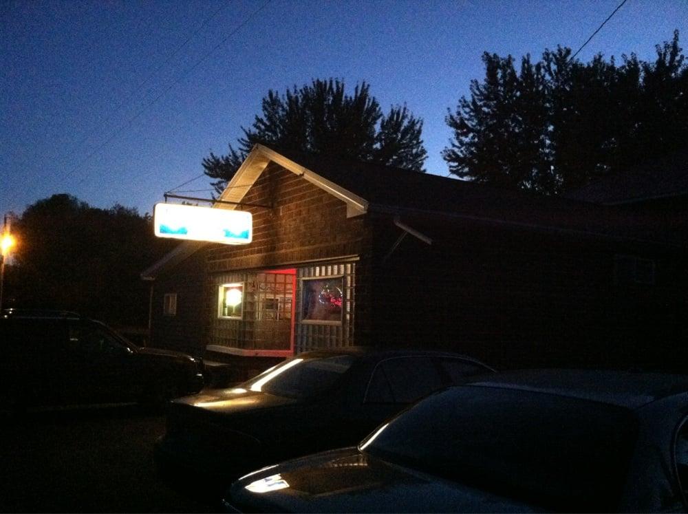 Cookie & Jacki's Huron Tavern: 18520 County Highway S N, Stanley, WI