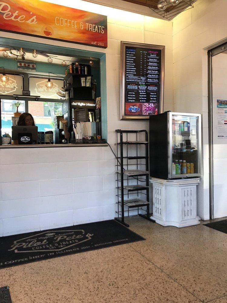 Pilot Pete's Coffee & Treats: 128 W 1st St, Elmhurst, IL