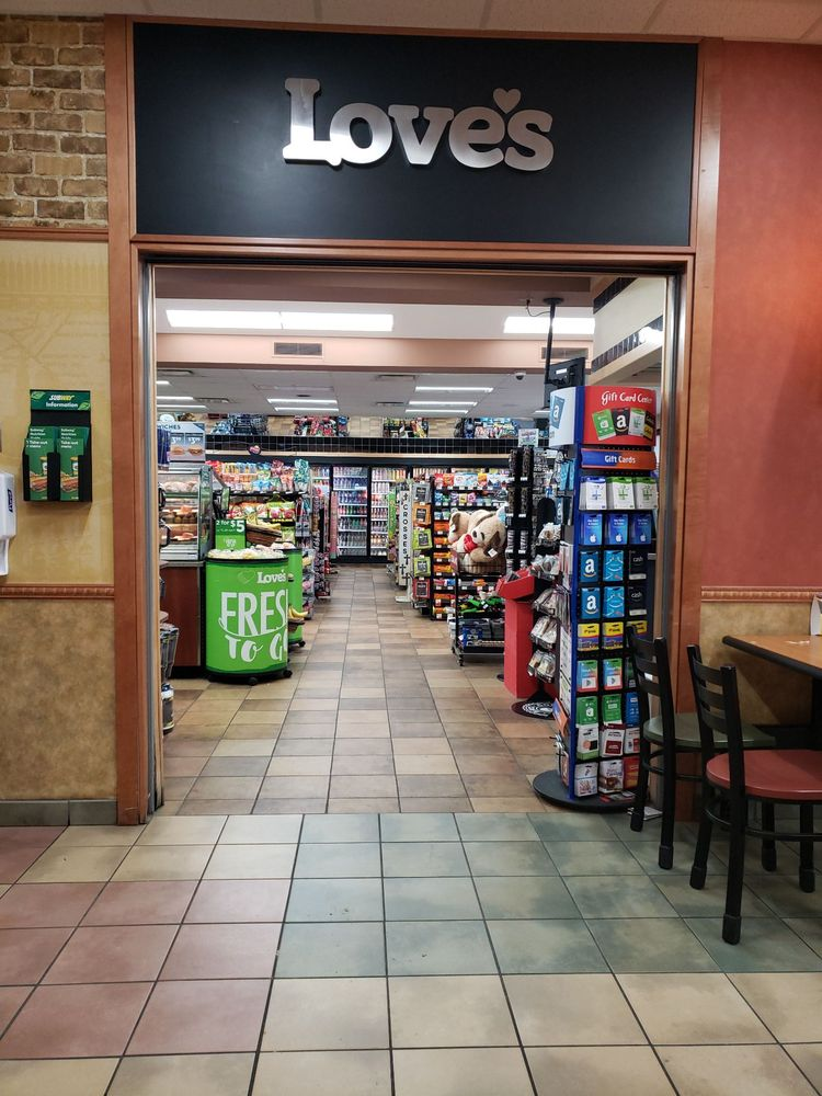 Love's Travel Stop: 214 S Hwy 100, Webbers Falls, OK