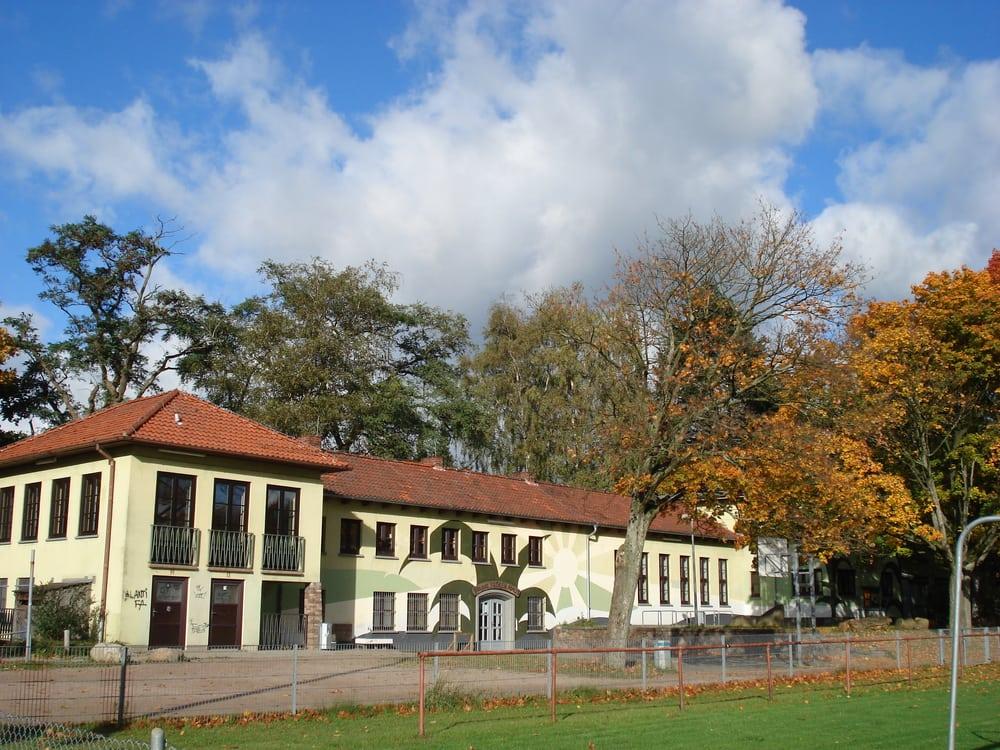Bruno Bröker Haus - Jugendfreizeitstätte der Stadt Ahrensburg