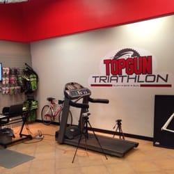 Topgun Triathlon logo