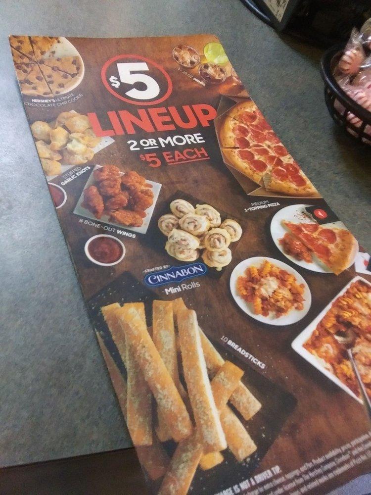 Pizza Hut: 2662 W John Beers Rd, Stevensville, MI