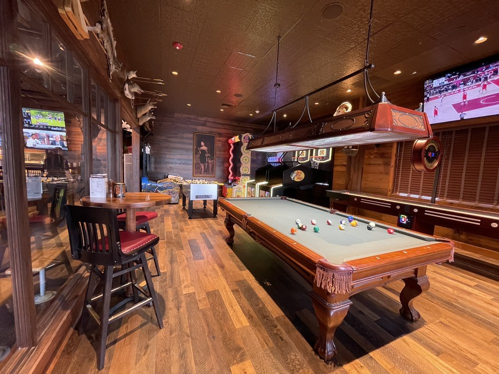 Tall Tales Bar & Grill: 313 Financial Dr, Hollister, MO