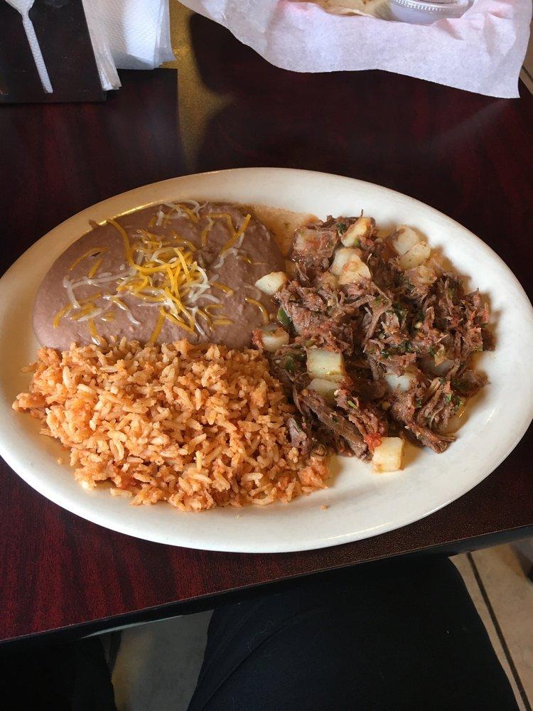 La Casita: 811 Main St, Sunray, TX