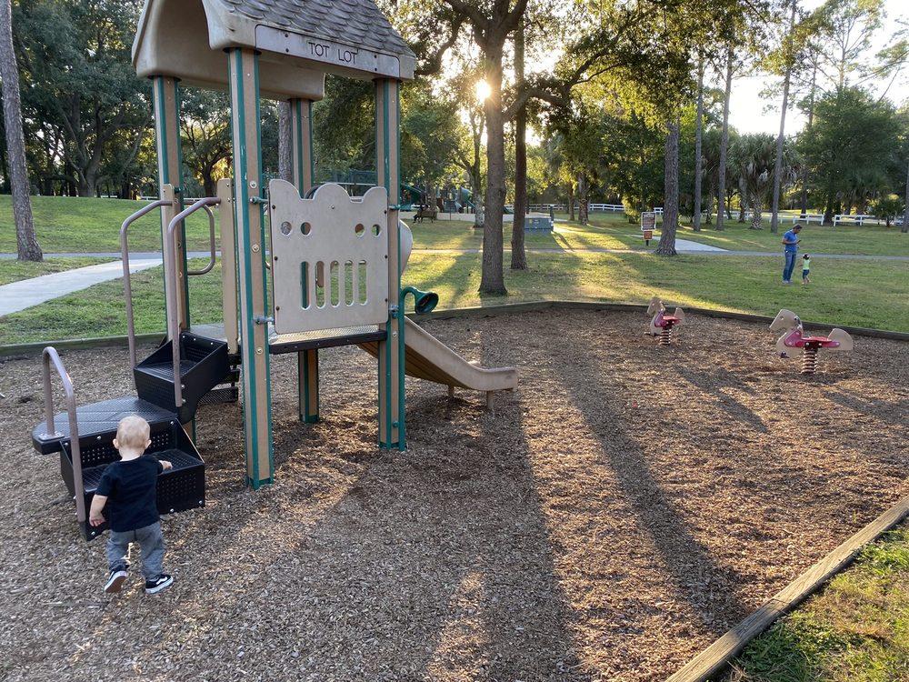 Bill Frederick Park and Pool at Turkey Lake: 3401 S Hiawassee Rd, Orlando, FL
