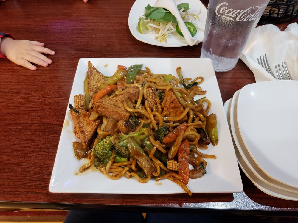 Food from Pacific Rim Cafe