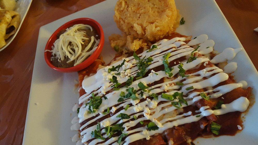 Maria's Mexican Restaurant: 17 Berlin Clementon Rd, Berlin, NJ