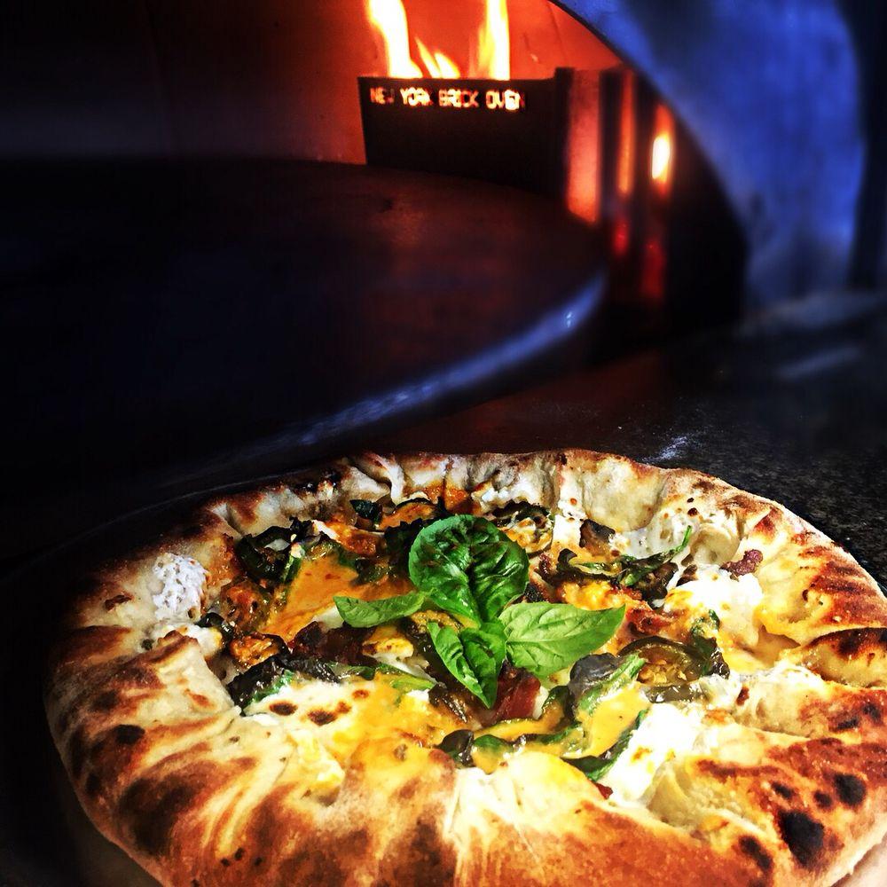Firehouse Pizza Wood Fired: 395 Newport Rd, Casper, WY