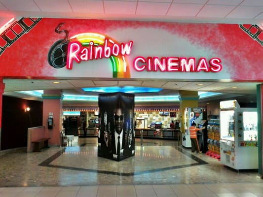 Rainbow Cinema Fairview Mall 37