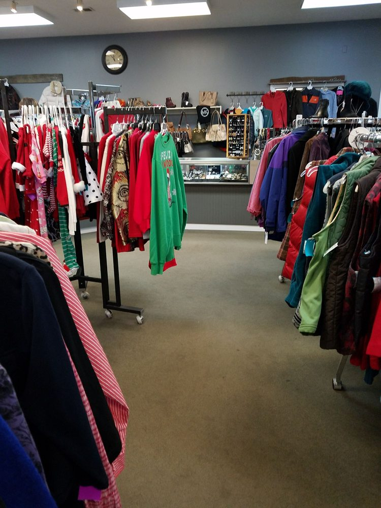 Act II Consignment Shops: 5248 Molly Pitcher Hwy, Chambersburg, PA