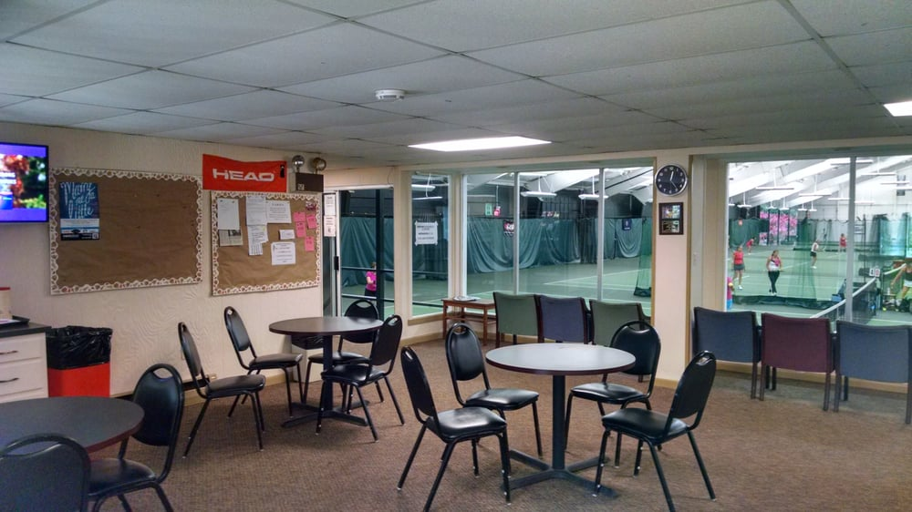 Winchester Indoor Lawn Tennis Center