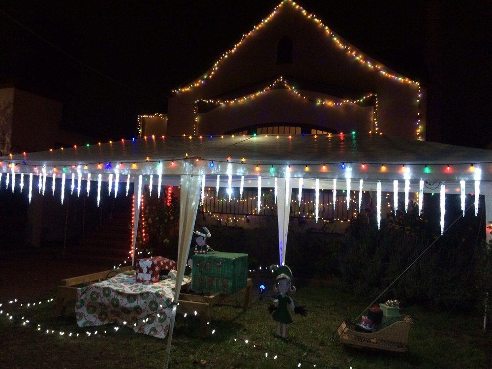 Christmas Tree Lane: 3200 Thompson Ave, Alameda, CA