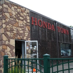 honda town - 12 photos - motorcycle dealers - 4215 e lake st