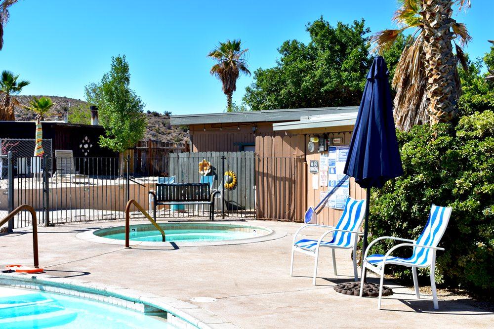 DeAnza Springs Resort: 1951 Carrizo Gorge Rd, Jacumba, CA