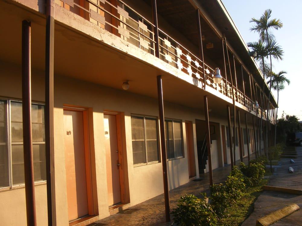 Hacienda Del Ferdinand Motel