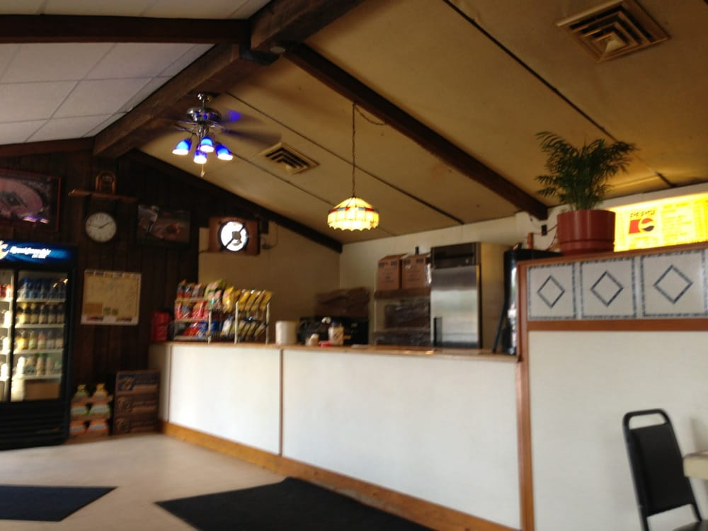 Sammy's Subs: 14 S Tomahawk Ave, Tomahawk, WI
