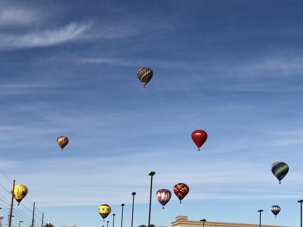 Hot Air Balloon Festival: 950 W Mesquite Blvd, Mesquite, NV