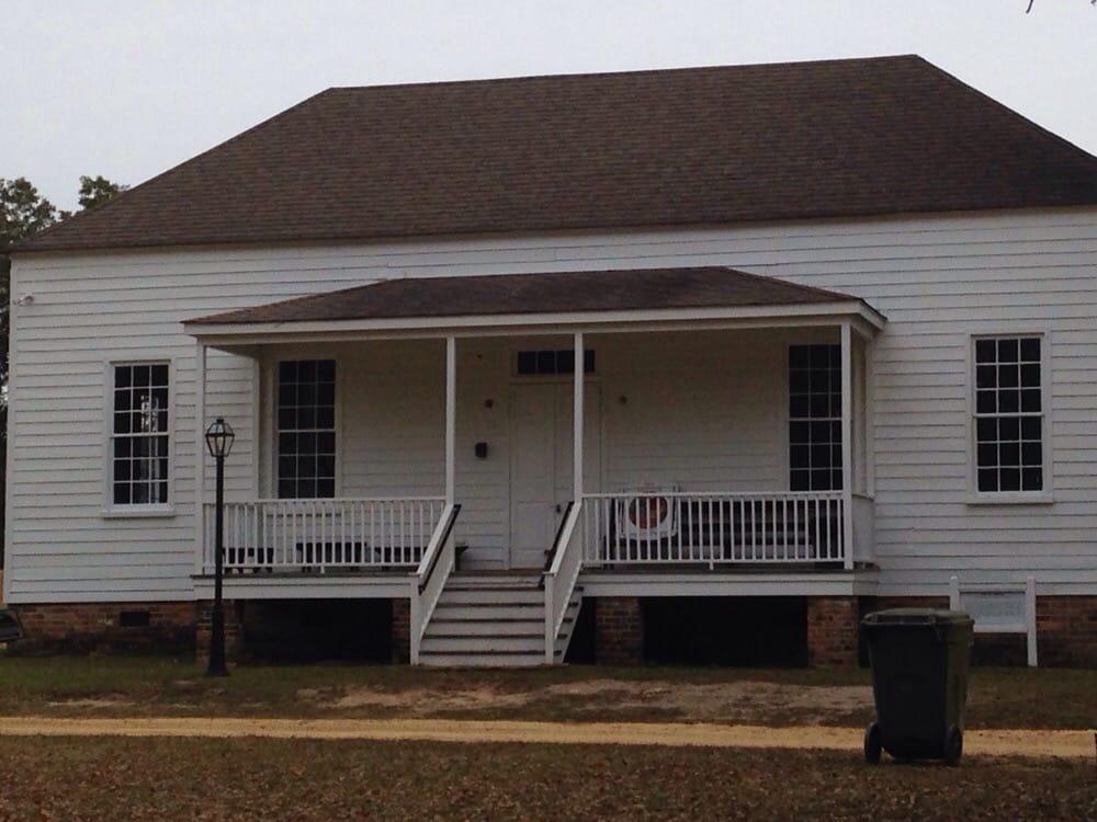 Historic Camden Cornwallis House: 222 Broad St, Camden, SC