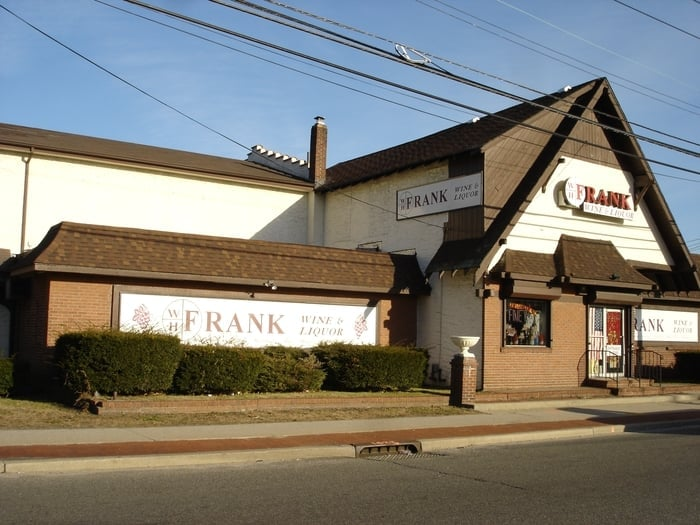 W H Frank Wine & Liquor: 1 Wheeler Rd, Central Islip, NY
