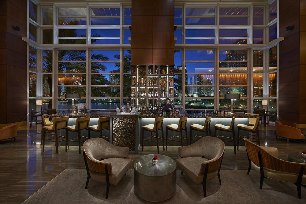 MO Bar + Lounge