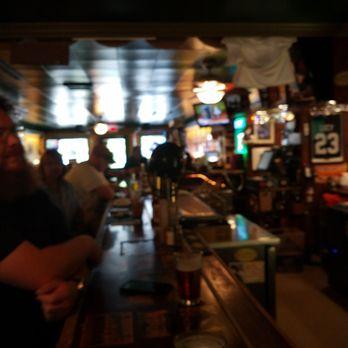 Locker Room Sports Bar Lee Ma