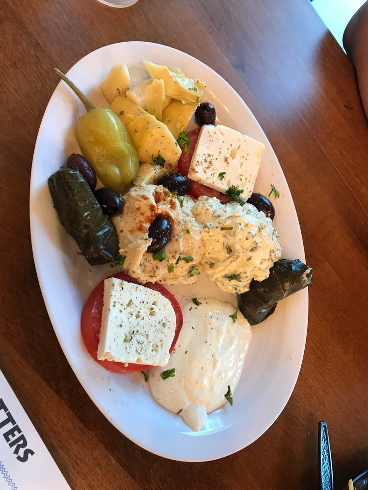 Prino's Mediterranean Grill