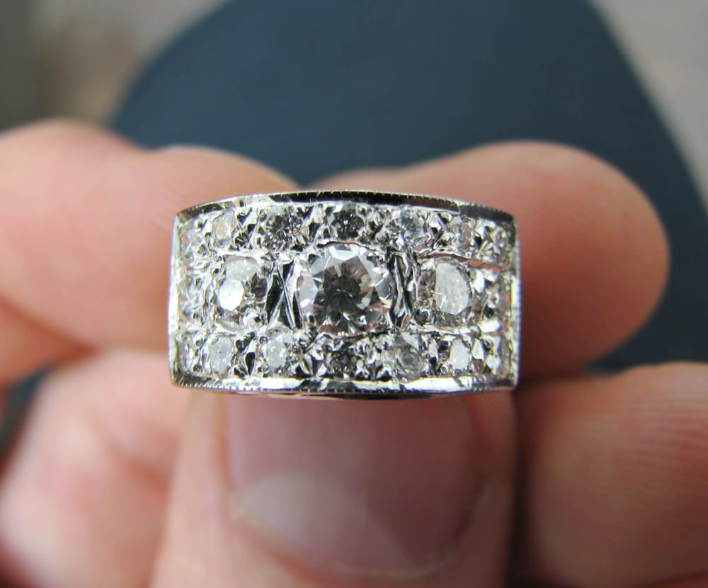 Mauk Jewelers: 103 W Lincoln Ave, Fergus Falls, MN