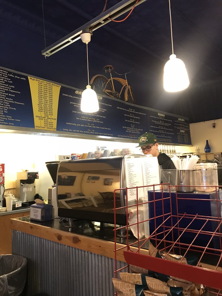 Blue Moon Coffee: 635 W 2nd St, Hastings, NE