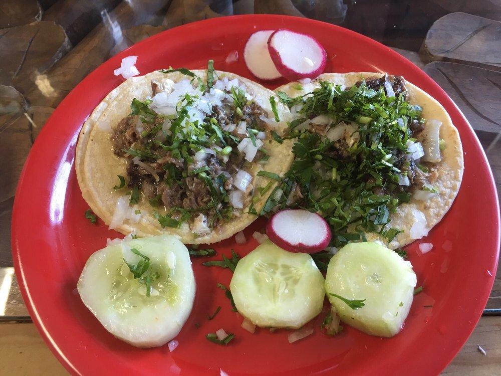 Food from Los Guachos Taqueria