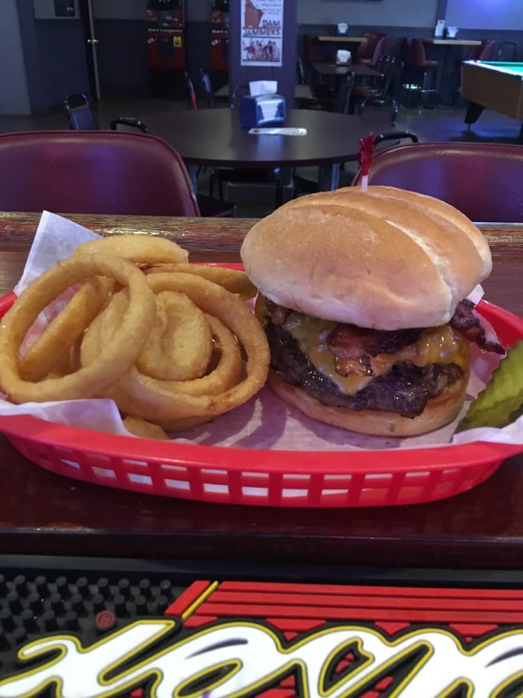 Main Street Bar and Grill: 345 N Main St, Renville, MN