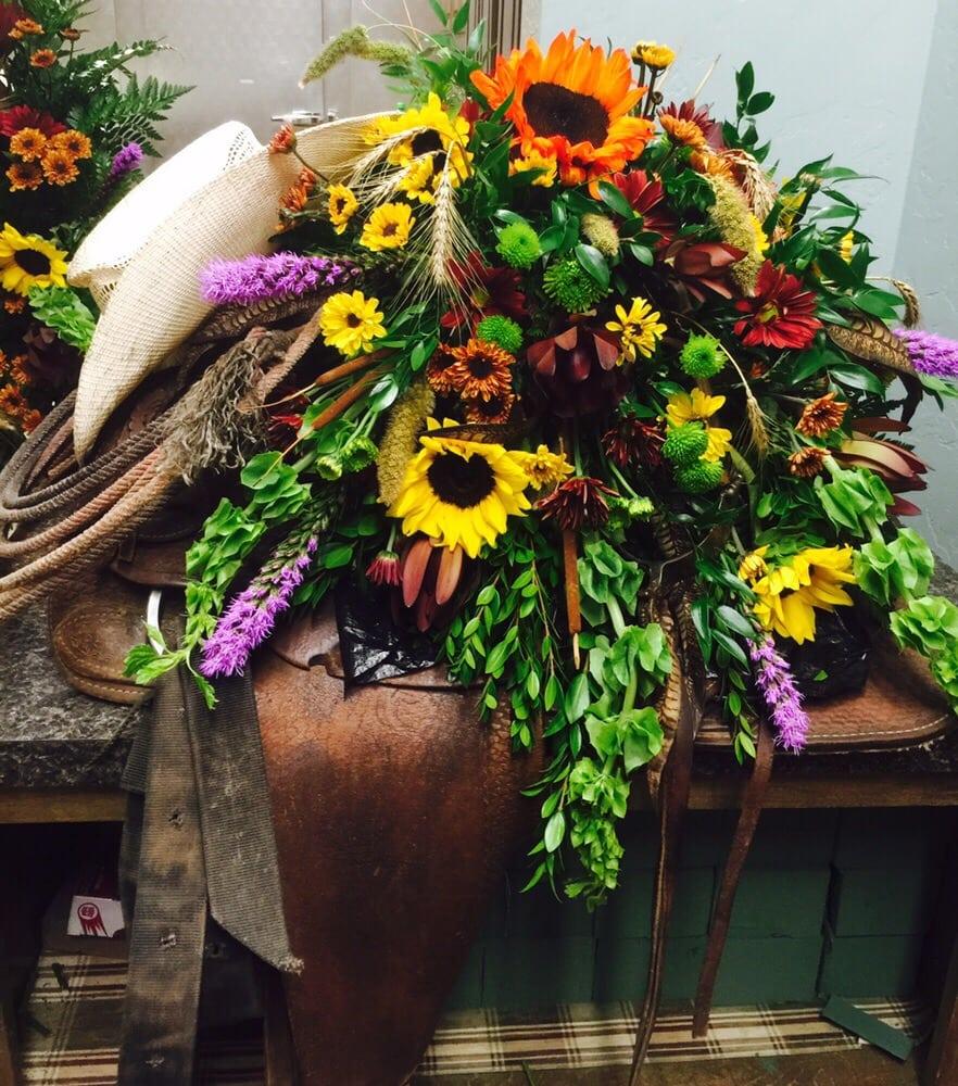 The Floral Secret: 9201 State Hwy 17, Elgin, OK
