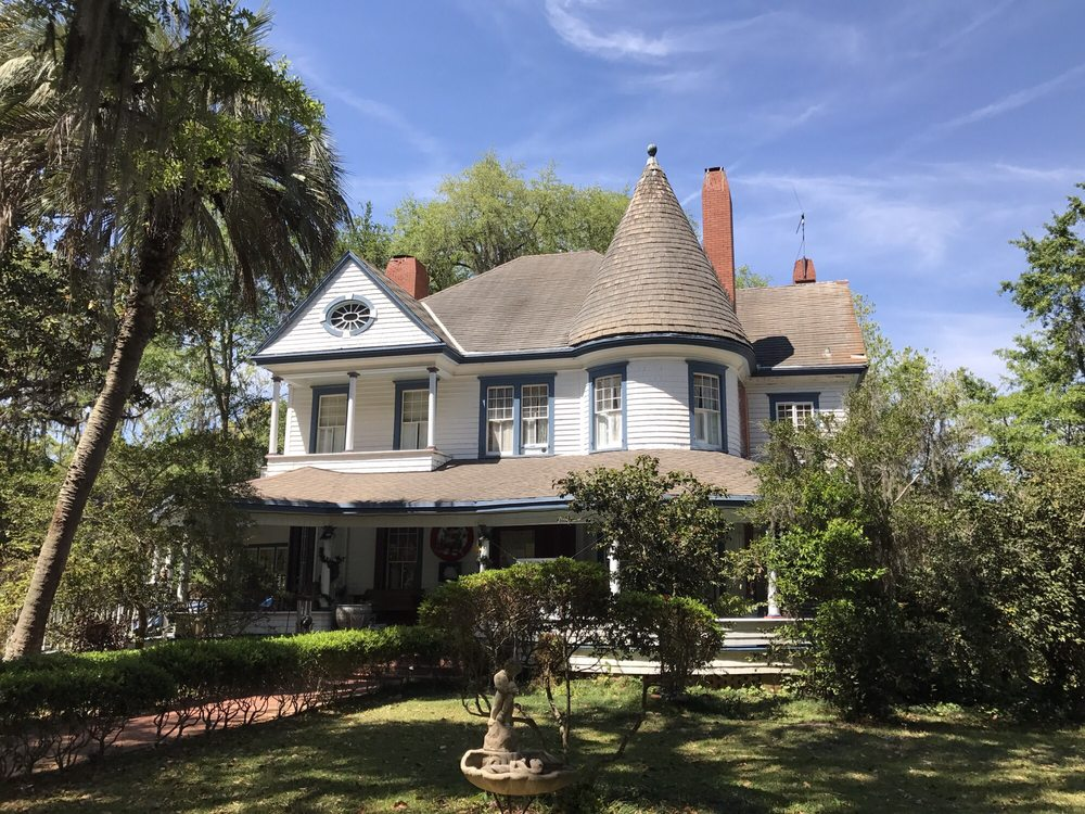 The Daffodale House: 620 West Washington St, Monticello, FL