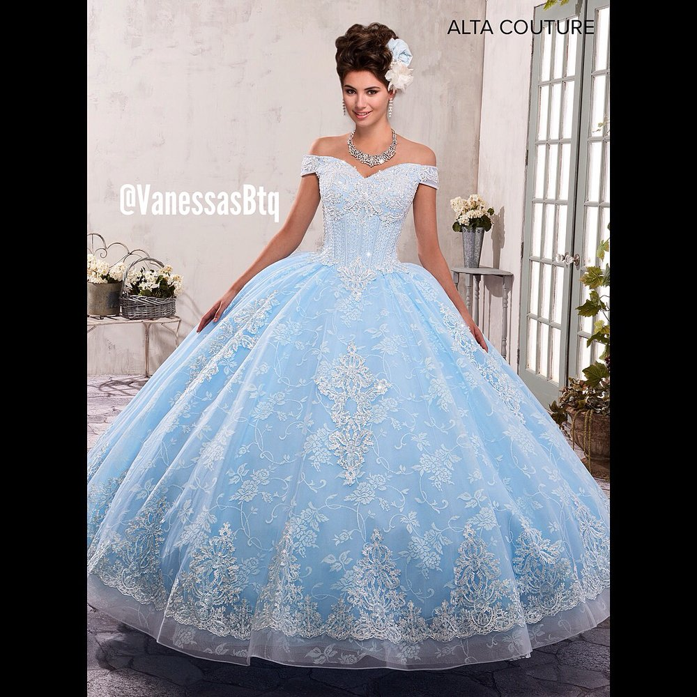ac45b5a1de7 Cinderella themed Quinceañera dress - Yelp