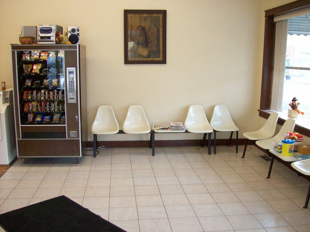 Creston Laundromat: 105 S Main St, Creston, OH