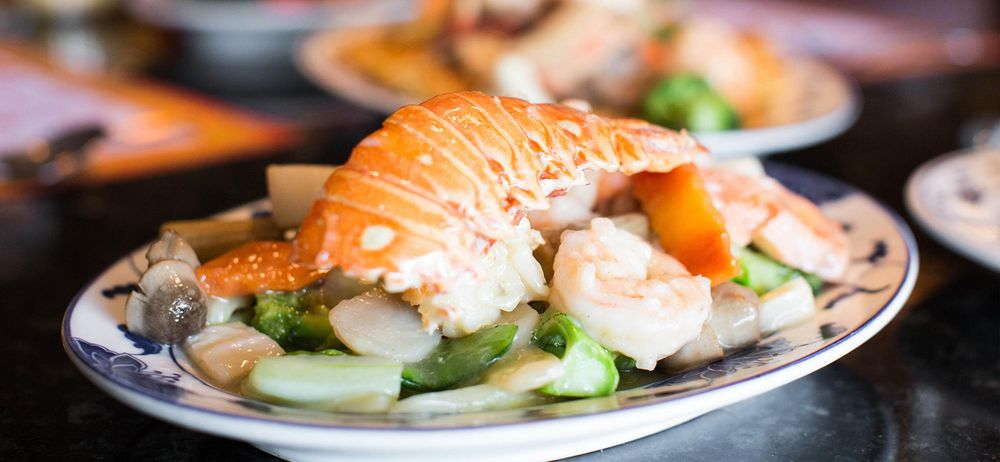 Szechuan Chinese Restaurant & Lounge