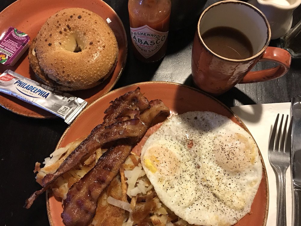 Aerie Cafe: 1522 Cline Falls Rd, Redmond, OR