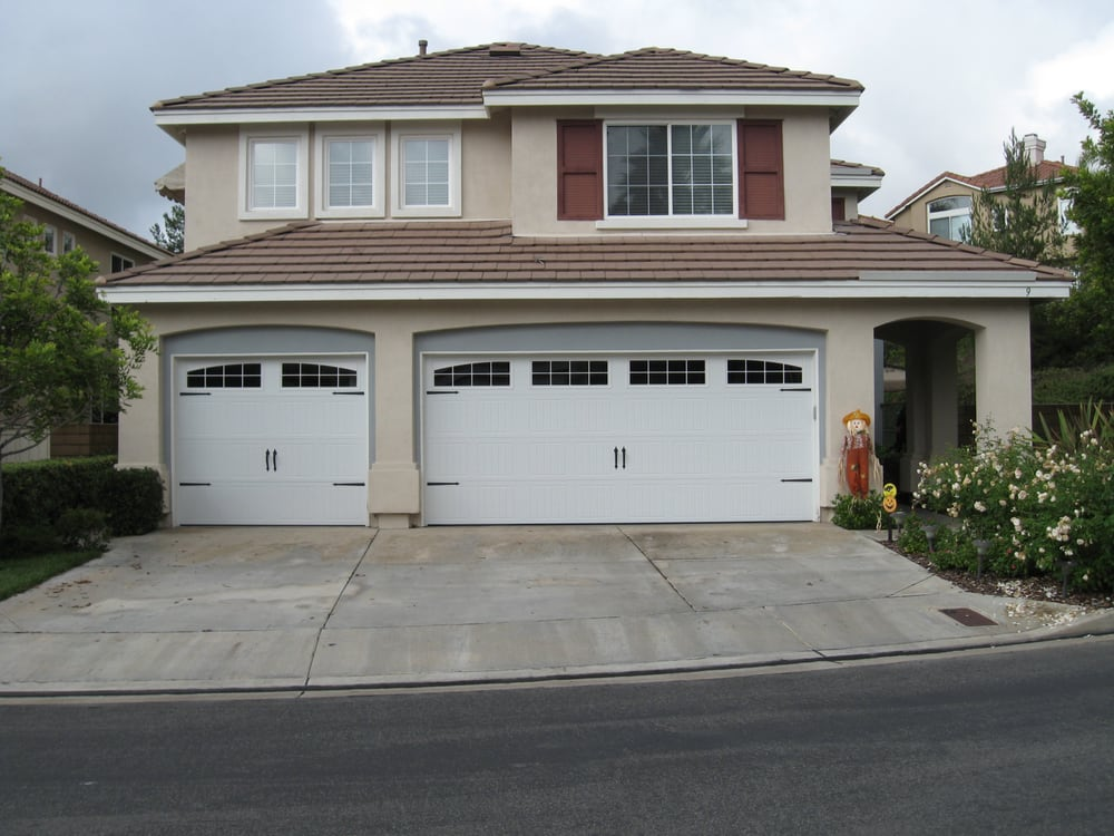 Double And Single Car Garage With Sonoma Panel Face Design